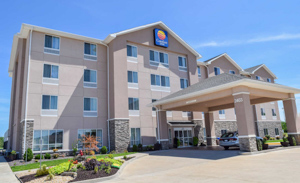 Comfort Inn Hotel near by garden of the gods Illinois in the Shawnee National Forest